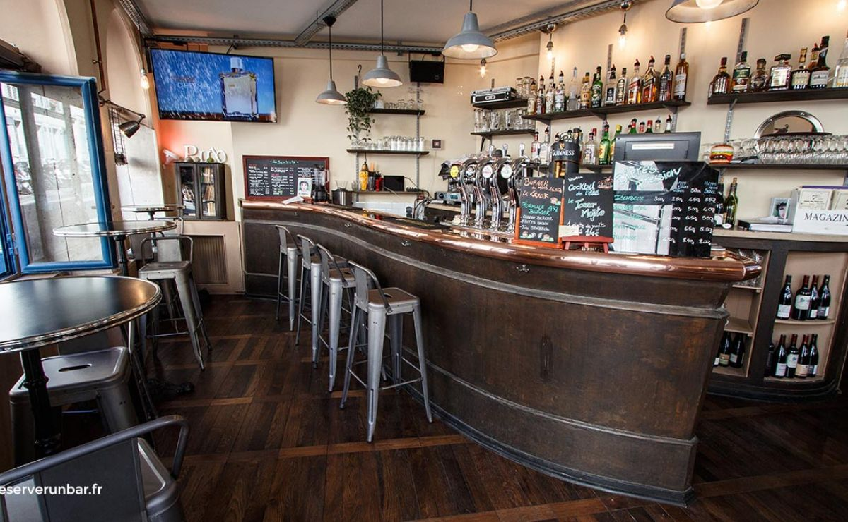 Roy's Pub #4