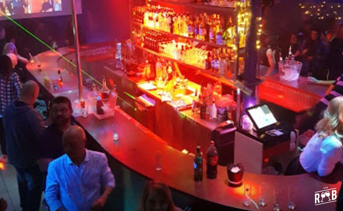 Le New Boulevard Café #1