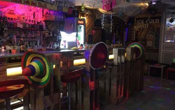 Alegria's bar #1