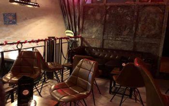 Le Street Café #1