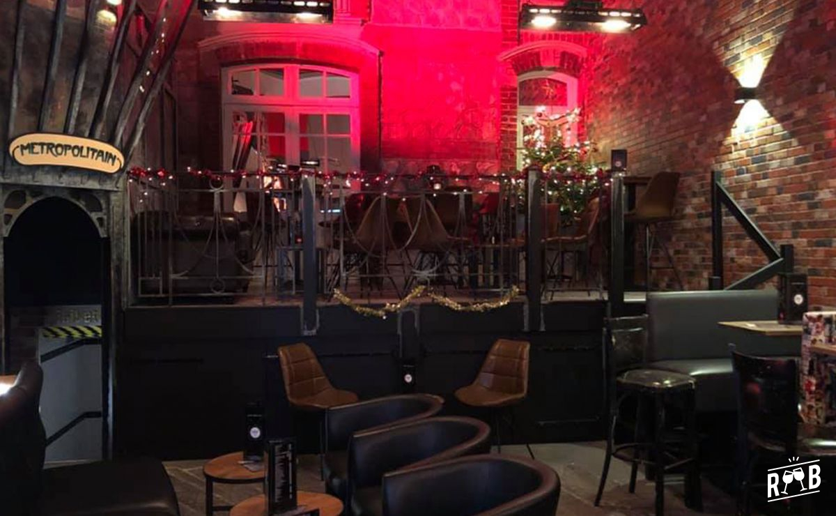Le Street Café #2