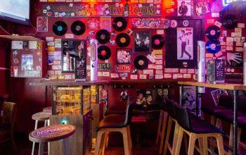 Rockstar Café  #1