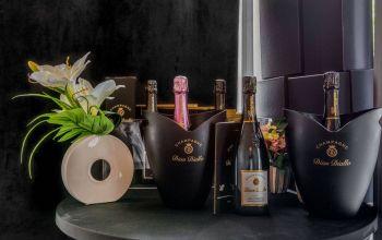 Lounge Champagne Dian Diallo #1